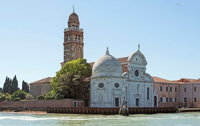 Chiesa_di_S.Michele_in_Isola,_north_exposure